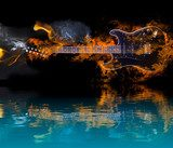 Burning Electric Guitar with reflection in water  Muzyka Obraz