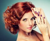 Model with curled red hair  Ludzie Plakat