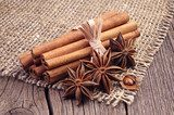 Cinnamon and anise  Fototapety do Kawiarni Fototapeta
