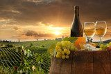 White wine with barell  in vineyard, Chianti, Tuscany, Italy  Kuchnia Plakat