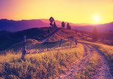 retro mountain landscape  Obrazy do Sypialni Obraz