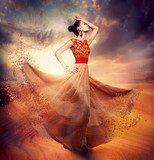 Dancing Fashion Woman wearing Blowing Long Chiffon Dress  Ludzie Obraz