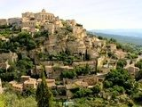 View of the hilltop village of Gordes, Provence, France  Prowansja Fototapeta