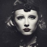Classic retro female portrait with grungy texture for your desig Styl Klasyczny Fototapeta