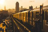 Subway Train in New York at Sunset Industrialne Fototapeta