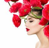 Beauty Fashion Model Woman with Red Poppy Flowers in her Hair  Kwiaty Plakat