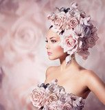 Fashion Beauty Model Girl with Flowers Hair. Bride  Ludzie Plakat