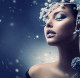 Winter Beauty Woman. Christmas Girl Makeup  Ludzie Plakat