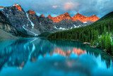 Moraine Lake Sunrise Colorful Landscape  Pejzaże Plakat