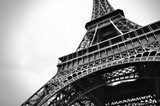 Eiffel tower black and white beauty  Czarno-Białe Fototapeta