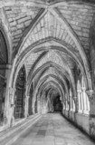 Ancient gothic cloister in black and white  Czarno-Białe Fototapeta