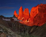 Torres del paine at sunrise  Krajobraz Fototapeta