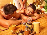Man and woman relaxing in spa.  Obrazy do Salonu SPA Obraz