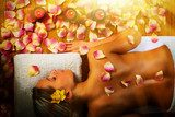 Beautiful woman having massage.  Obrazy do Salonu SPA Obraz