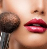 Make-up closeup. Cosmetic Powder Brush. Perfect Skin  Obrazy do Salonu Kosmetycznego Obraz