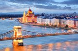 Budapest with chain bridge and parliament, Hungary Mosty Obraz