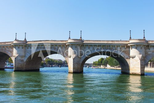 Bridges over Seine river, Paris.  Fototapety Mosty Fototapeta