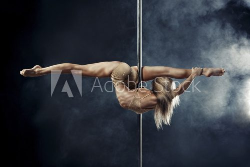 pole dance  Fototapety do Klubu Fitness Fototapeta