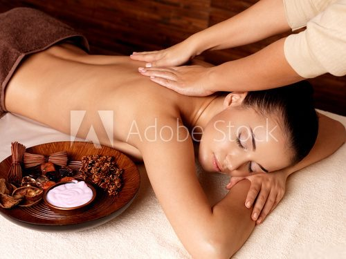 Woman having massage in the spa salon  Obrazy do Salonu SPA Obraz